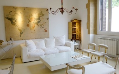 San Sebastian old town luxury & romantic holidays rental apartment: nice ans stylish living room