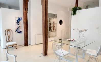 San Sebastian old town luxury & romantic holidays rental apartment: dinning room area