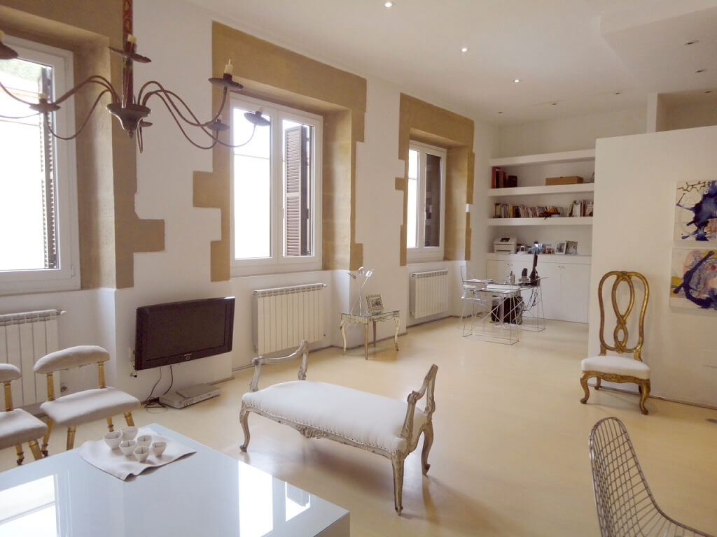 San Sebastian Old Town Luxury Holidays Rental Apartment Large Living Room